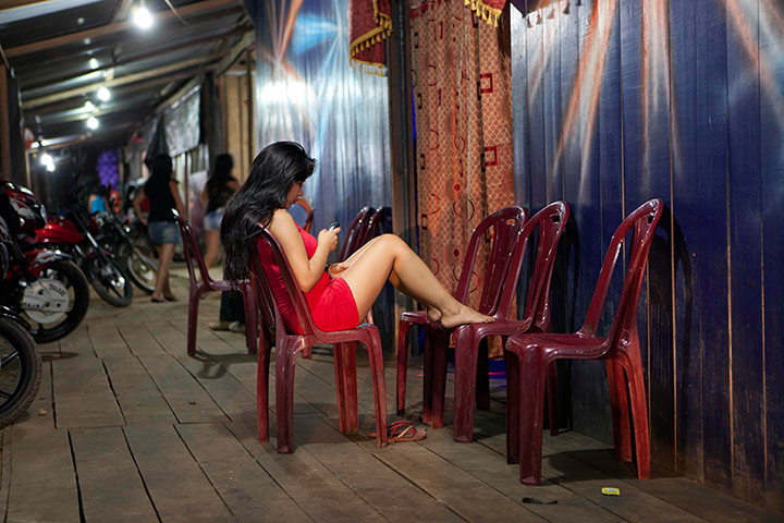 Mujeres solteras Puerto maldonado-572051